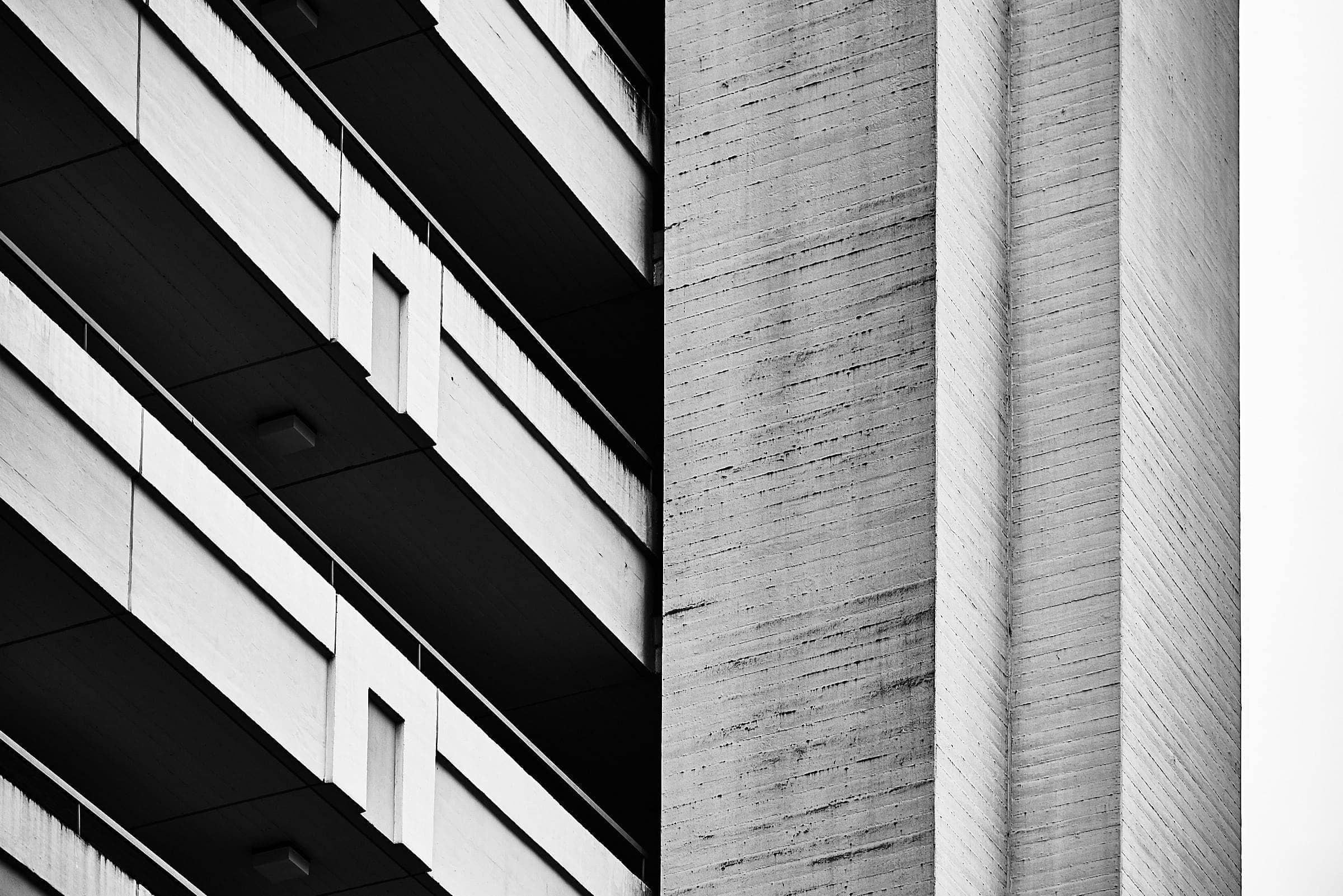 Gebäudefotografie im Schwarz-Weiß look in Trier