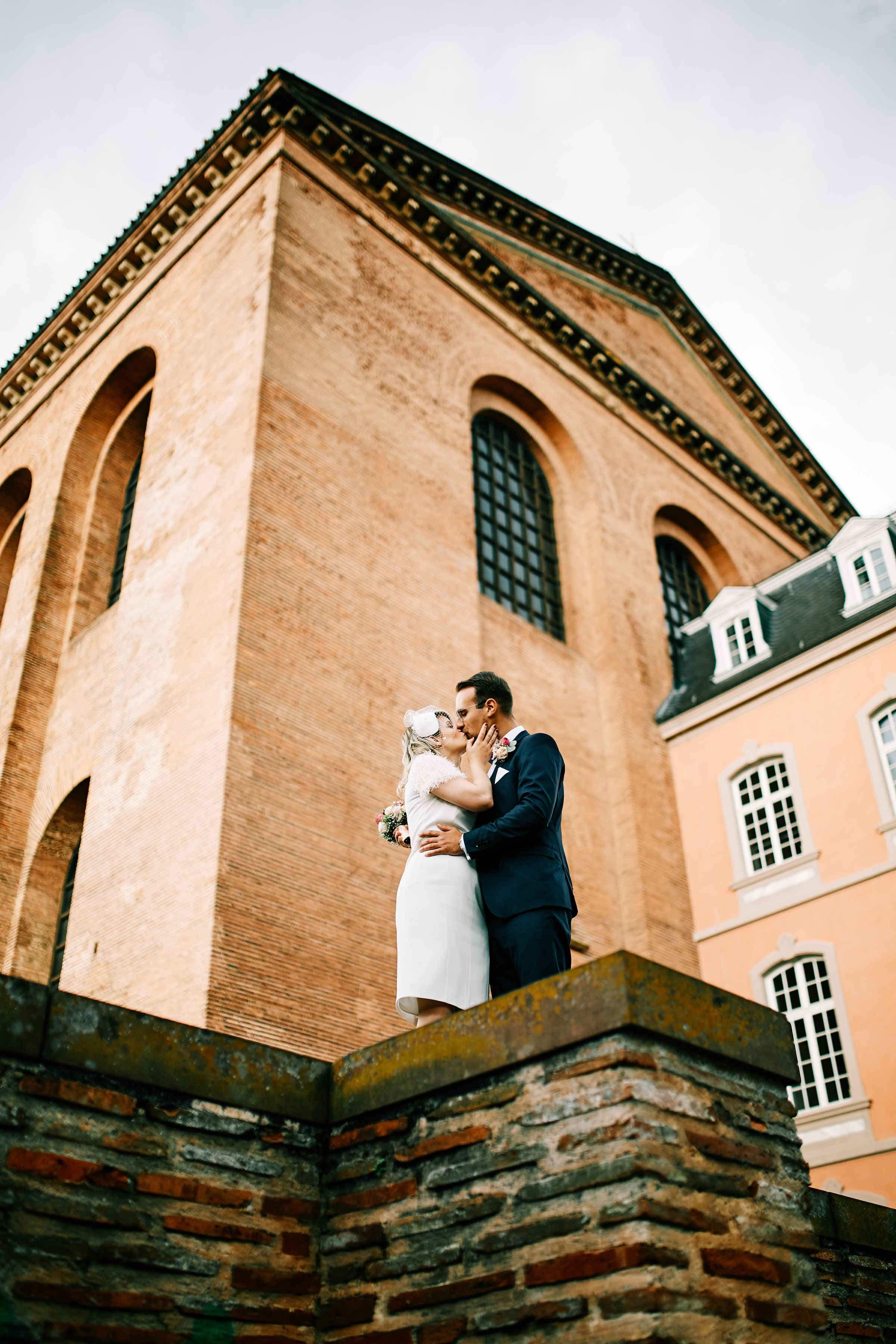 brautpaar fotoshooting basilika palastgarten 35mm